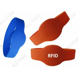 Customized UHF RFID TAGS , PVC RFID Wristbands Silicone With Passive Chip
